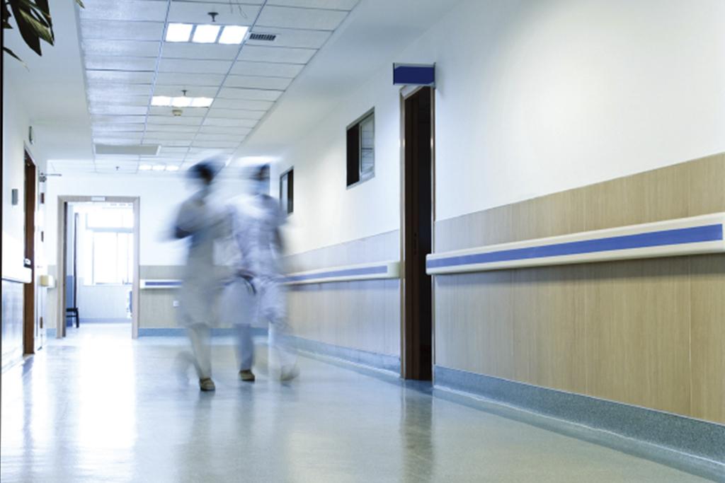 病室内で排泄物をクロージング